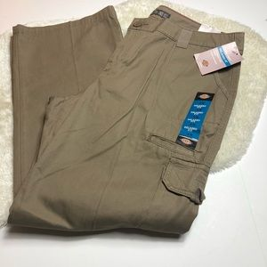 Dickies   Relax Fit Cargo Pants Size 18